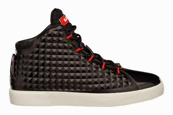 black lebrons 10