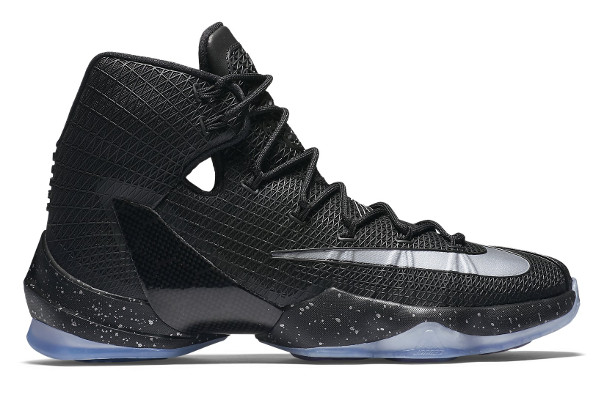 Name:NIKE LEBRON XIII ELITE Color:Black/Black-Reflect Silver Style:831923-001. Release Date:05/26/2016. Price:$200. Exclusive:GR [Detailed Photos]