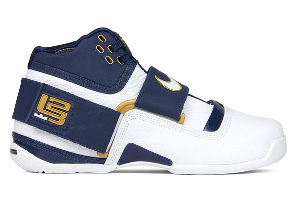 e2d5606c21ec8 Name NIKE ZOOM SOLDIER RETRO QS Color Midnight Navy White-Midnight Navy  Style AO2088-400. Release Date 05 31 2018. Price  150. Exclusive Quickstrike