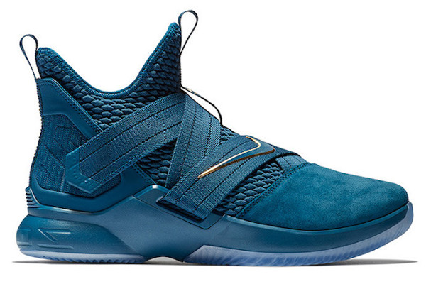 34f379ca5570 Current Nike LeBron Releases