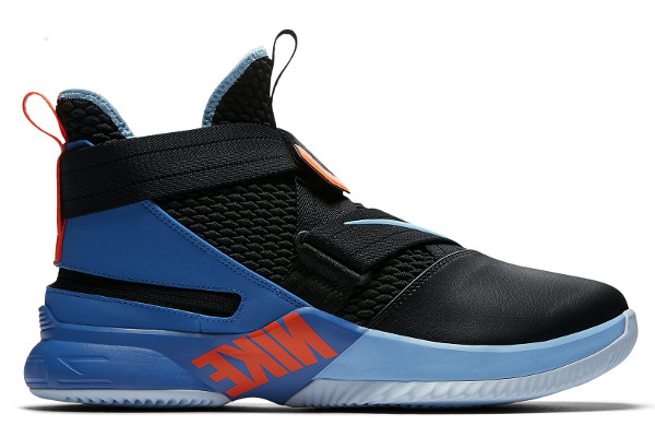 25156f5697de Name LEBRON SOLDIER 12 FLYEASE Color Black Battle Blue-Total Orange-Blue  Gaze Style AO4054-102. Release Date 09 01 2018. Price  140. Exclusive GR