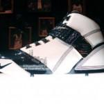 Nike Zoom LeBron V White/Navy showcase