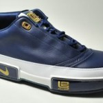 Black-Gold and White-Navy Zoom LeBron Low ST Detailed Pics