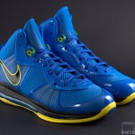 The Showcase: Nike LeBron 8 V2 Entourage Including 2 Lace Swaps