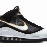 Detailed Look at 375664-011 :: White/Black/Gold :: Nike LeBron VII