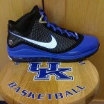Nike LeBron VII University of Kentucky Player Exclusive New Shots