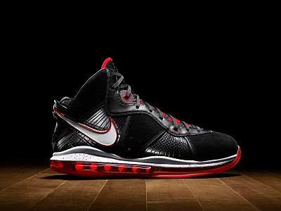 nike-air-max-lebron-8-xx-official-unveiling-1-07