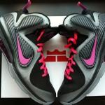 "Nike LeBron 9 ""Miami Nights"" Couple New Pics w/ Tee"