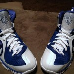 "Detailed Look at Nike LeBron 9 ""Kentucky Wildcats"" Home PE"