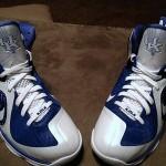 "Detailed Look at Nike LeBron 9 ""Kentucky Wildcats"" Home PE"