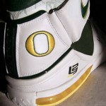 official photos 2efb3 0c6af ... Signed Nike Zoom LeBron II Oregon Home Player Exclusive