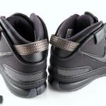 """Triple Black"" Nike Zoom LeBron VI in High Definition"