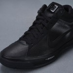 Detailed Look at the Black / Anthracite Zoom LBJ Ambassador II
