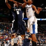 Wearing Brons – March Madness – Kentucky Wildcats' LeBron VII's