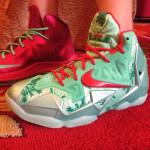 Here's How Chrismas Nike LeBron 11 Compares to Xmas 10's