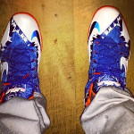 "King James Wears LeBron 11 ""Florida Gators"" Home PE"