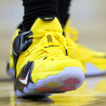LeBron James Drives a Taxi Styled LeBron 12 vs. Pelicans