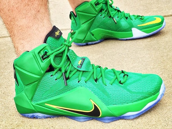 fd0fd795ae8 ... 04-08-2015 PE Spotlight  Nike LeBron 12 Oregon Ducks Away PE