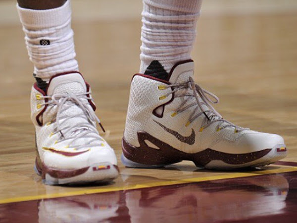 7e1a2ad10e044 ... 03-05-2016 James Laces Up Cavs-Colored Nike LeBron 13 in Game One Win