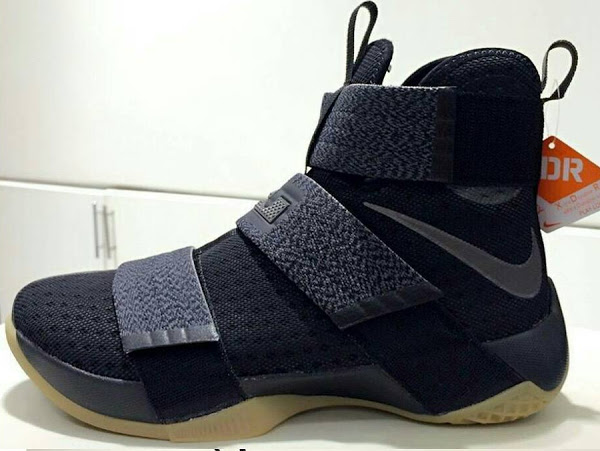 newest a942e 5b4b1 Nike LeBron Soldier 10 XDR That's Ready for Outdoor Battle ...