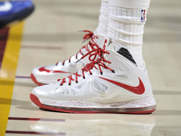 LBJ Brings Back Nike LeBron 10 But Only For One Quarter in Win vs Mavs ... 36d8464a17b0