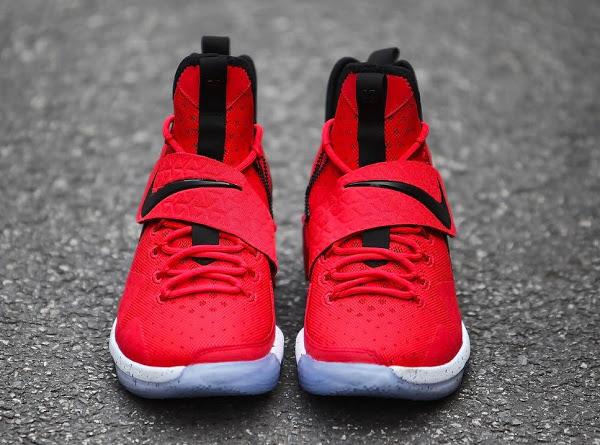7a035310f6 Nike LeBron 14