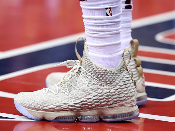3ba12f5a6ee LeBron Goes Off For 57 Points in Nike LeBron XV Ghost ...