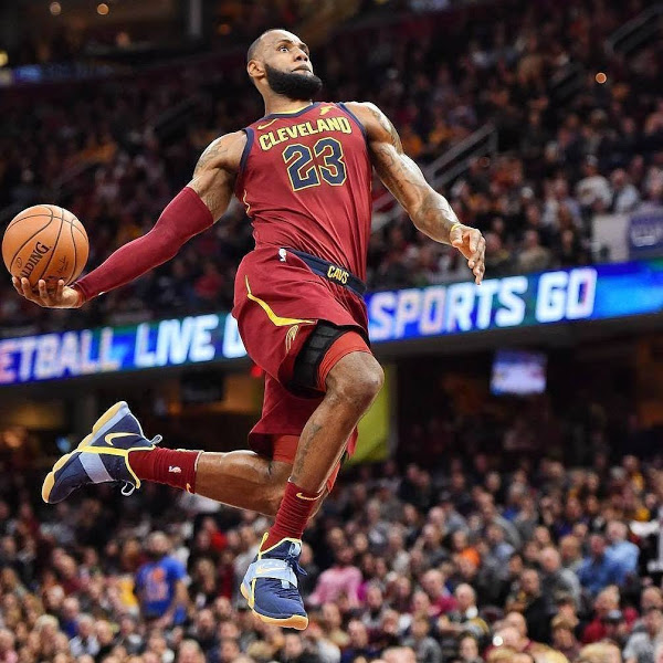 King James Scores 18 in a Row in Nike LeBron 14 Academy PE ...