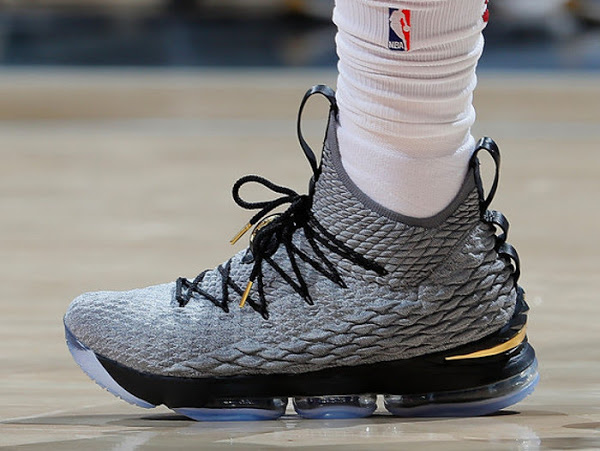 892c61d997ee9 ... 01-12-2017 King James Goes Back to Nike LeBron 15 With New Cool Grey PE