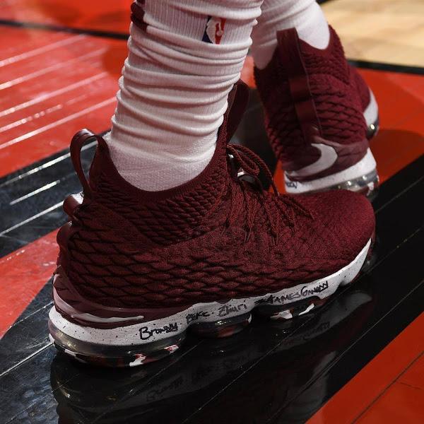 best service 79b49 35a75 The King Enters #LEBRONTO Mode in Nike LeBron 15 '4 Horsemen ...