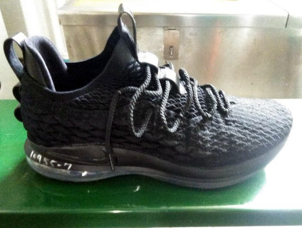 new products f693d 3200e First Look at Nike LeBron XV (15) Low in All Black | NIKE ...