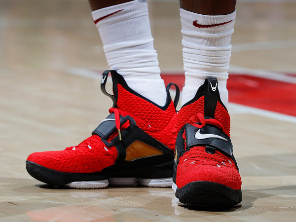 sports shoes fe5d5 e0eae LeBron Debuts 'Red' Diamond Turf 15s in Tribute to Deion ...